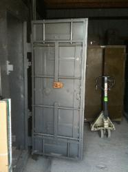 New Vegas Vault  Storage Room Doors